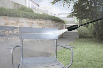 washing a garden chair