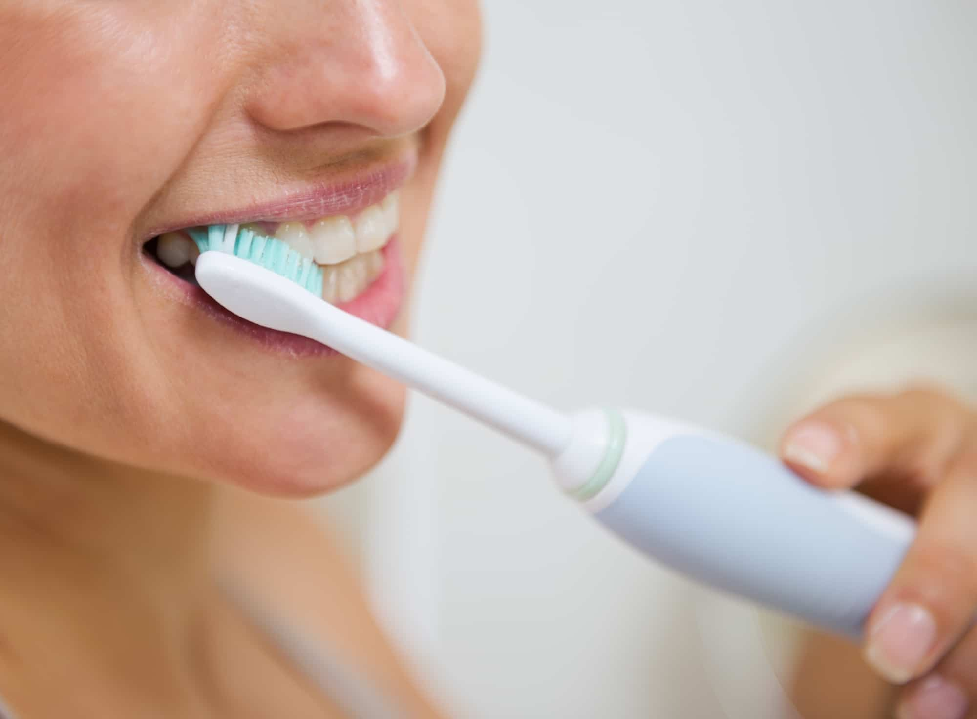 can electric toothbrushes cause gum recession
