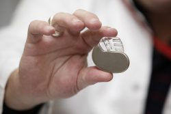 Are-Metal-Detectors-Safe-For-Pacemakers