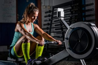 woman pushing her limits in the gym