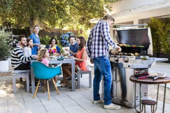 a family cooking with the Performance Series