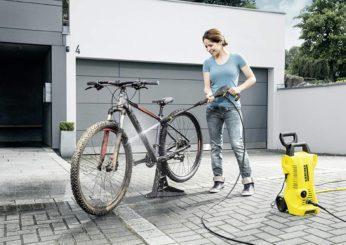 washing a bike with karcher k2