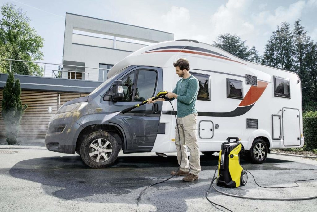 washing a van with karcher k7
