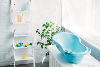 children's plastic blue tub